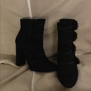 Just Fab Isabella Booties size 8